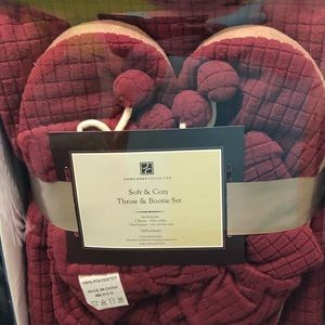 Other - Throw blanket & bootie set